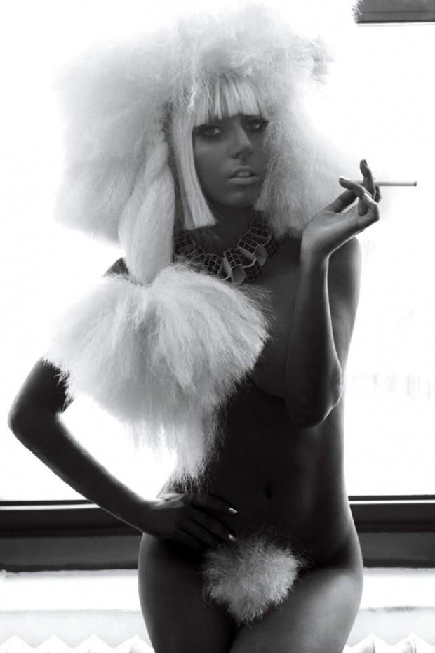 Lady Gaga голая